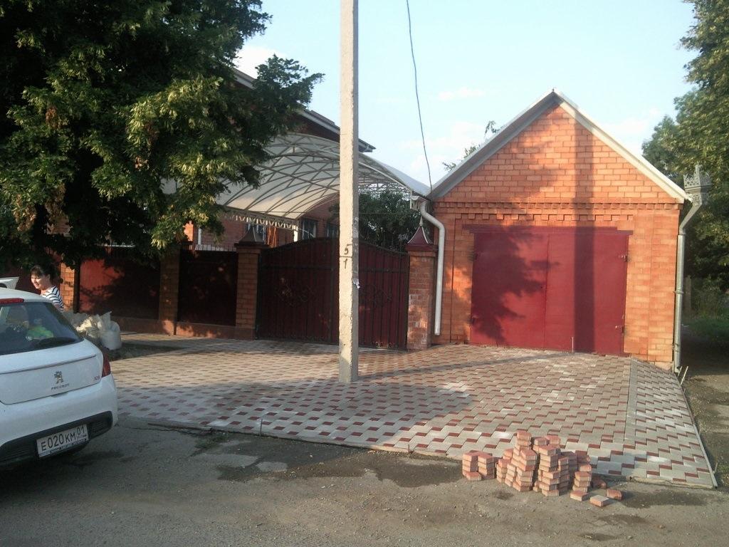 Дом в Майкоп район Церковь